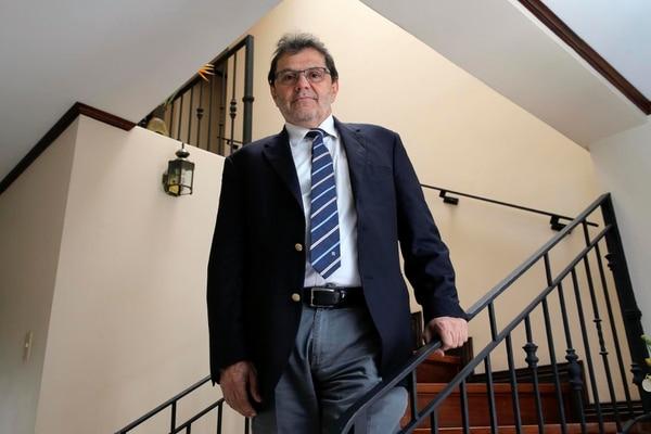 Rolando Herrero, especialista de la Agencia de Investigación del Cáncer de la OMS, participa del estudio.