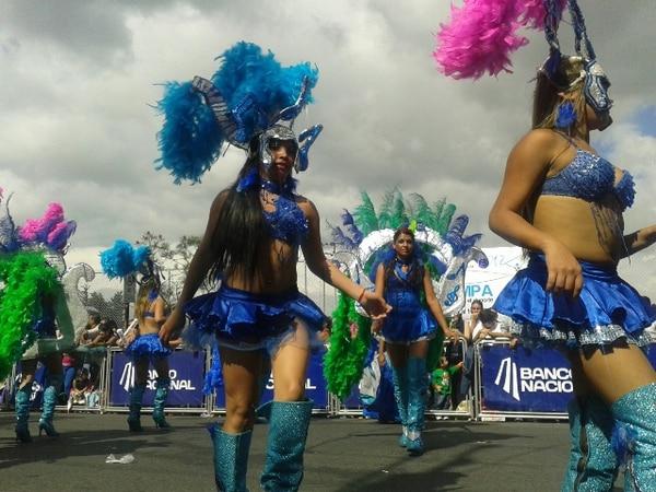 La comparsa Latin Sound puso a bailar a los asistentes. | EYLEEN VARGAS.