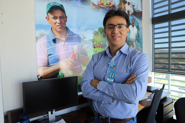 Manrique Ugalde, vicepresidente de Operaciones de Walmart para Centroamérica.