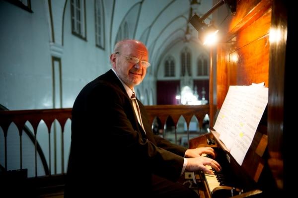 Talento importado. Voit es director musical de la Iglesia Evangélica Luterana de Hagen, en Alemania. MARCELA bERTOZZI