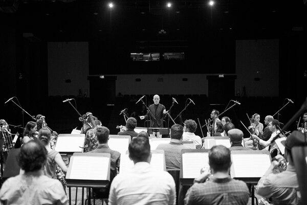 Orquesta Sinfónica de Heredia, dirigida por Eddie Mora. Foto: archivo