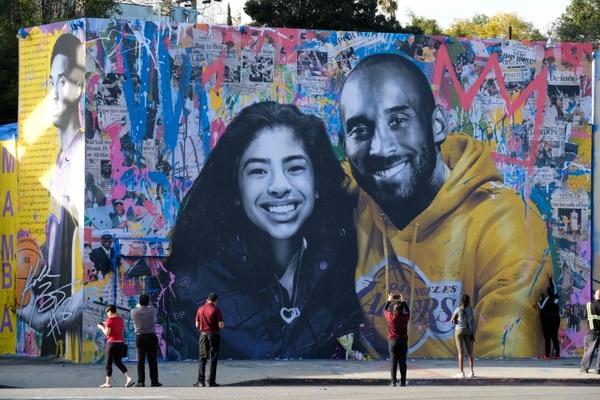 Bryant su hija Gianna murieron tres días antes de que el Salón de la Fama dijese que él iba a ser finalista. Fotogreafía: Chris Delmas / AFP.