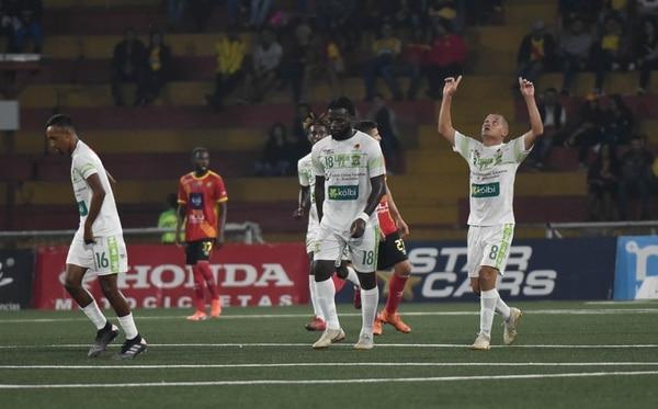 Limón perdió el miércoles contra Herediano y el sábado cayó ante San Carlos. CARLOS GONZALEZ/AGENCIA OJOPOROJO.