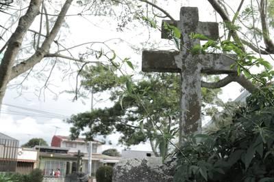 La Cruz de Caravaca: el símbolo de exclusión de la colonia española en Cartago