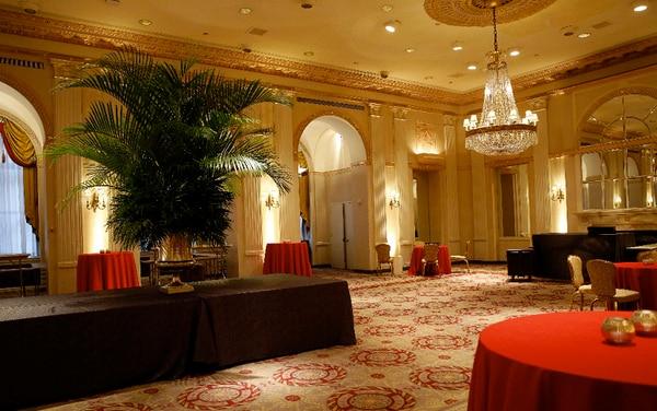 El hotel Waldorf Astoria de Nueva York cierra sus puertas temporalmente para una ambiciosa transformación. / AFP