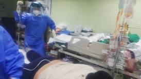 Jóvenes con cuadros severos de covid-19 batallan hasta tres semanas antes de morir