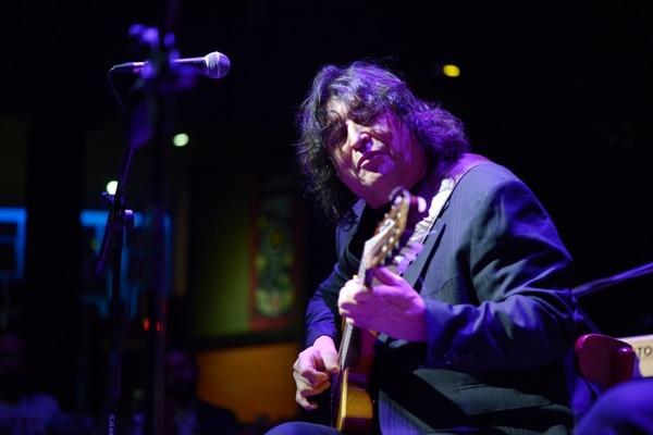 El guitarrista argentino Luis Salinas se presentó el jueves 23 de mayo en Jazz Café Escazú. Fotografía: Jose Díaz/Agencia Ojo por Ojo
