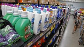 Supermercados en Costa Rica restringen venta de productos de limpieza y desinfectantes por covid-19