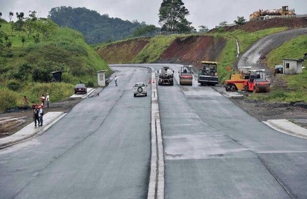 El tramo central (Sifón-La Abundancia) tiene 22 km asfaltados de un total de 29 km.