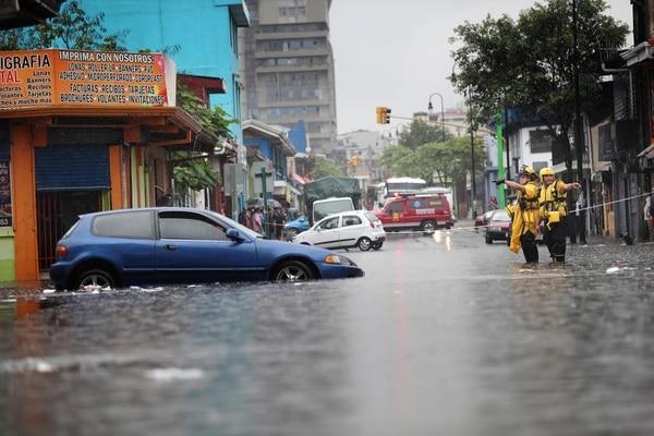 En San José se esperan aguaceros más fuertes que los de ayer, pero el énfasis lluvioso estará en Guanacaste y el golfo de Nicoya, según el IMN.