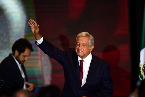 El presidente electo, Andrés Manuel López Obrador, dio un discurso ante sus seguidores en un hotel después de ganar las elecciones generales, en la Ciudad de México, el 1°. de julio del 2018.