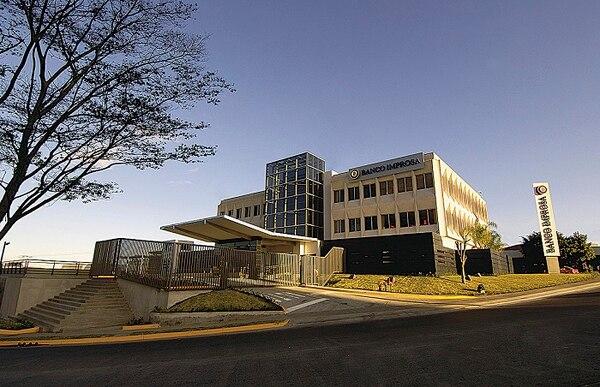 Grupo Improsa lanzó una oferta para administrar seis fondos de Interbolsa que administran $140 millones de activos netos.