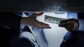 Estrategia anticorrupción pide regular 'lobby' y puertas giratorias en el Estado