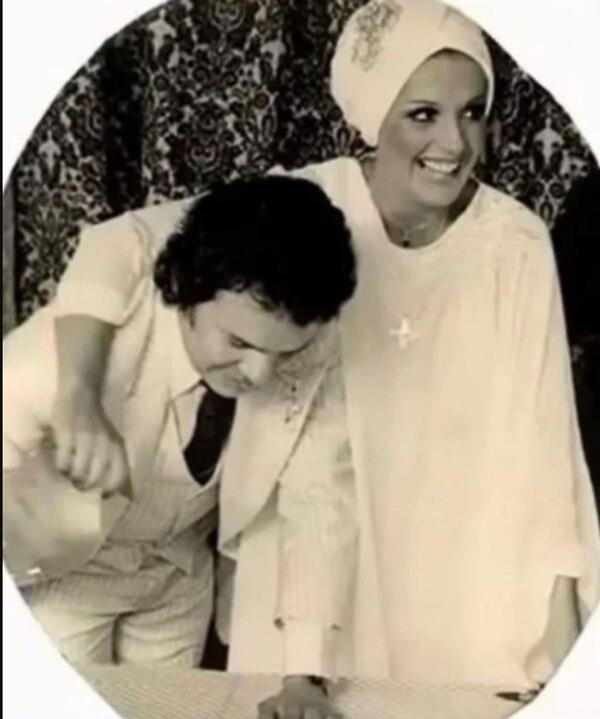Anel Noreña compartió en sus redes sociales fotos de su boda con José José. Foto: El Universal.
