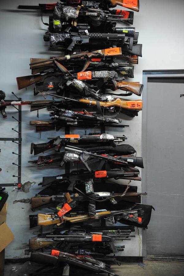 La variedad de armas de fuego es inmensa. Es uno de los tipos de objetos más numerosos.