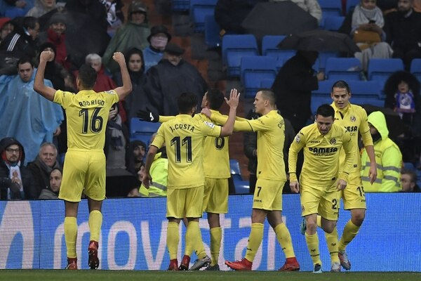 Los jugadores del Villarreal celebraron el triunfo en el Santiago Bernabéu. Fotografía: AFP