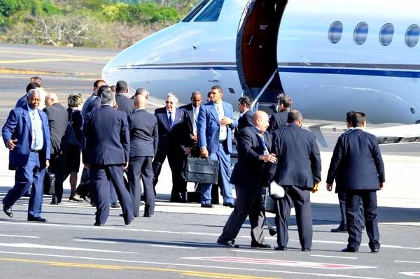 Raúl Castro dejó el país casi al mismo tiempo que Maduro y lo hizo abordo de un avión venezolano.