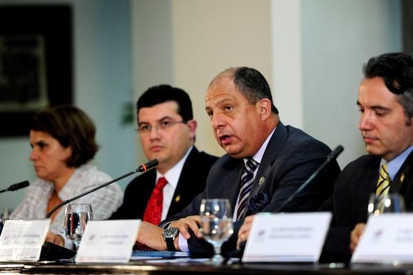 El presidente Luis Guillermo Solís afirmó que el Gobierno tiene voluntad de que avance el plan sobre las uniones gais, actualmente en trámite en el Congreso.
