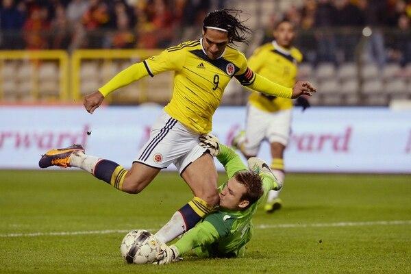 El delantero de Colombia Radamel Falcao está de vuelta con su selección luego de superar lalesión que lo alejó del Mundial hace un año.