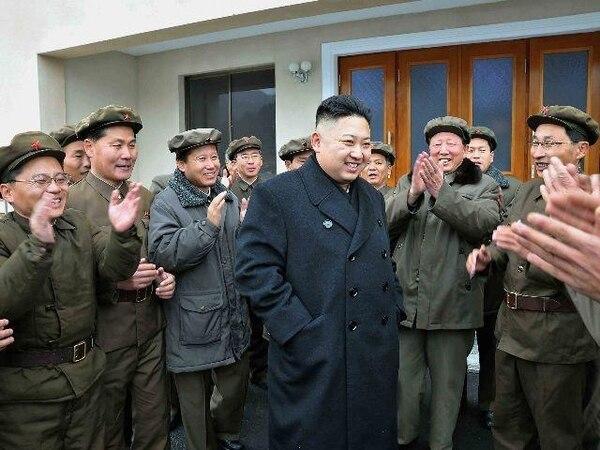 Kim Jong-Un asumió hace un año el puesto que dejó su padre. | AFP.
