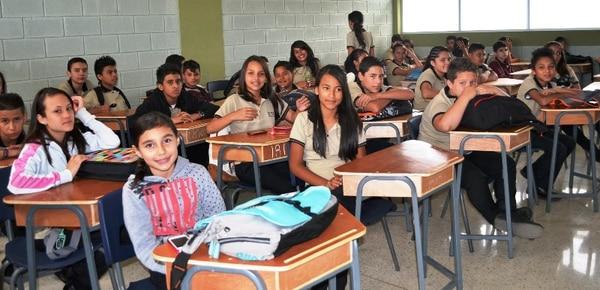 Los estudiantes de Alajuelita ya no tendrán que invertir tiempo y dinero para ir hasta otros colegios de educación técnica.