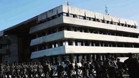 Policías huelguistas en Brasil desalojaron edificio ocupado