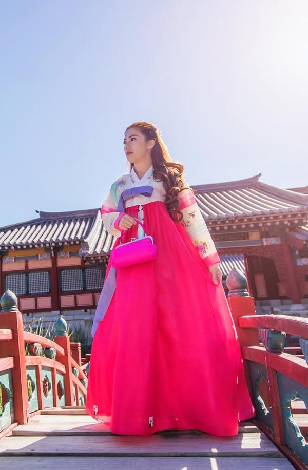 Fotos. Habrá un espacio para tomarse fotografías vistiendo Hanbok , el traje tradicional de Corea.