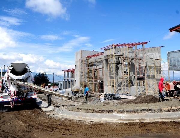 El Gobierno afirma que, al facilitar las importaciones de cemento, se aumenta la competencia en el mercado interno. Esto redundaría, al final, en un beneficio para los consumidores. | MELISSA FERNÁNDEZ