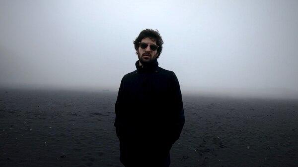 Javier Arce estrenó el video de 'Onces', filmado en el volcán Irazú y será parte del Festival Epicentro. Cortesía de Javier Arce/Mila Navarro.