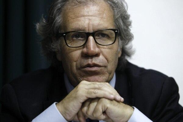 Luis Almagro participó como canciller de Uruguay en el impulso de nuevas alianzas en América Latina y ahora, a punto de asumir como nuevo secretario general de la Organización de Estados Americanos (OEA), defiende que no debe haber competencia, sino colaboración entre todos los organismos.