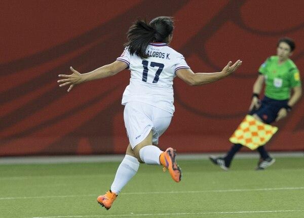 Karla Villalobos celebra a todo pulmón el gol que le dio a Costa Rica el empate ante Corea del Sur.