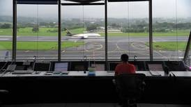 Aviación Civil abre investigación a controlador aéreo que provocó cierre de aeropuerto