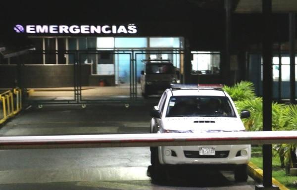 En el hospital de Guápiles decidieron enviarlo a San José porque los impactos de bala comprometían su vida, pero al final no se le pudo salvar. Foto: Archivo/ Reiner Montero.