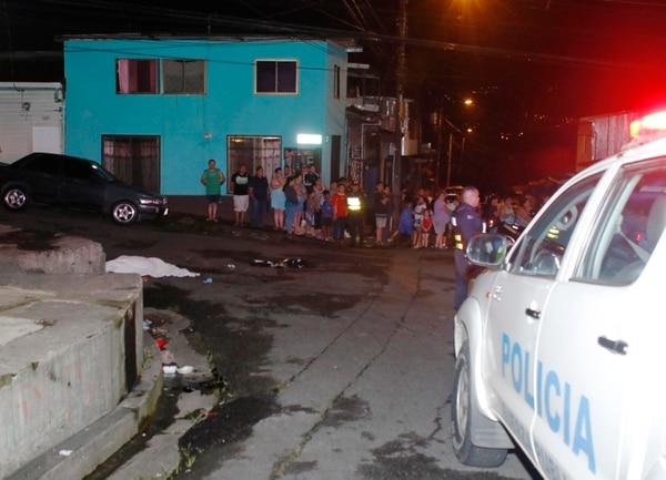 El motociclista fallecido y su acompañante fueron sorprendidos cuando viajaban por calle Betel en Barrio Cuba.