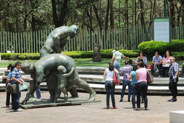 La obra de Paco Zúñiga dejaría pronto La Sabana para ser ubicada en el parque Próspero Fernández, de Alajuela.