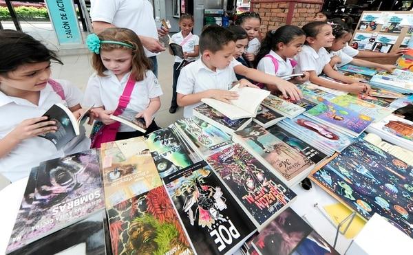 La Feria del Libro concentra las actividades infantiles durante las mañanas.