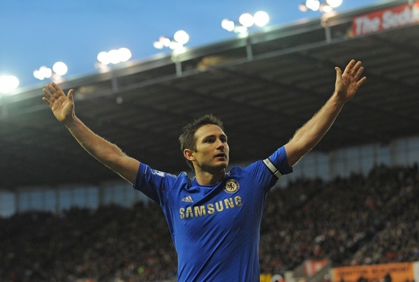 Frank Lampard celebra un tanto en enero del 2013 durante un partido de la Premier League entre el Chelsea y el Stoke City.