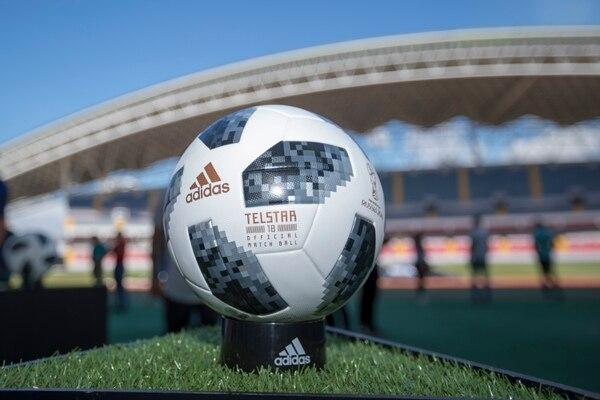 02/03/2017, San José, Estadio Nacional, presentación de la marca Adidas de sus nuevos zapatos para fútbol que serán utilizados por sus jugadores durante el mundial Rusia 2018. Fotografía José Cordero