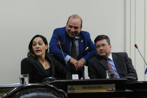María Inés Solís, Pablo Abarca y Pedro Muñoz, del PUSC. Fotos Melissa Fernández