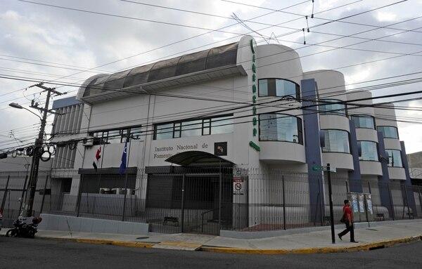 El edificio del Infocoop en San José, calle 20. Foto: Alonso Tenorio