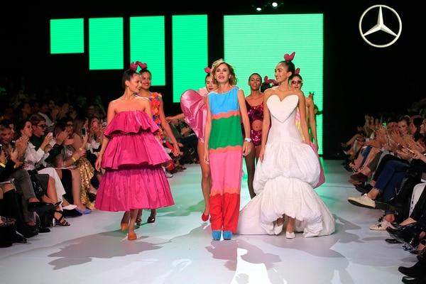 Ágatha Ruiz de la Prada, conocida por sus coloridos, alegres y extrovertidos diseños fue la diseñadora estelar de edición anterior de Fashion Week San José. Foto: Rafael Pacheco