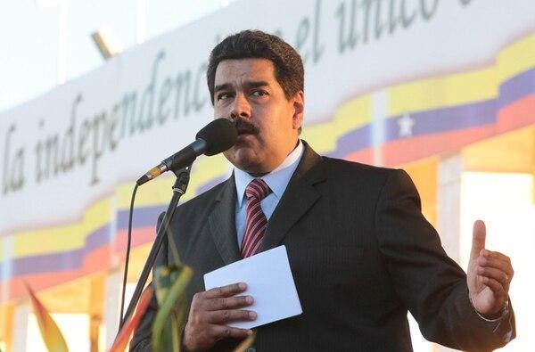 Nicolás Maduro ayer en un acto militar en Caracas.   EFE