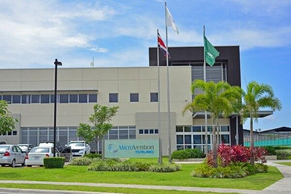 La compañía exporta dispositivos médicos como stents intraluminales, balones de oclusión, espirales de platino y desviadores de flujo para el tratamiento de accidentes cerebrovasculares, aneurismas y enfermedades neurovasculares.