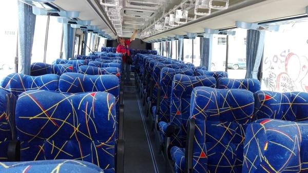 Así luce el bus por dentro.