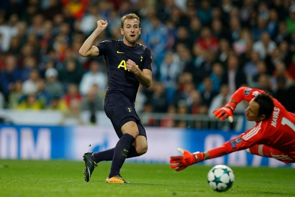 Keylor Navas evitó el segundo gol del Tottenham con un paradón al delantero Harry Kane,