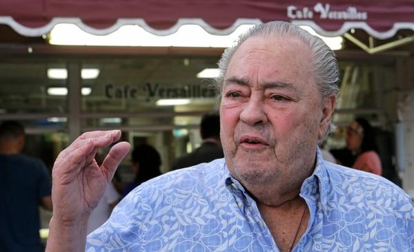 El cubano-americano Orlando Silva expresó este viernes en Miami su desacuerdo sobre el fin de una política migratoria