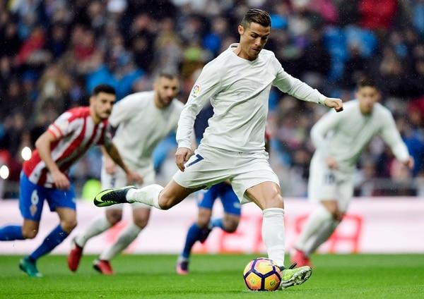 Cristiano Ronaldo tiene arriba al Real Madrid con este gol de penal.