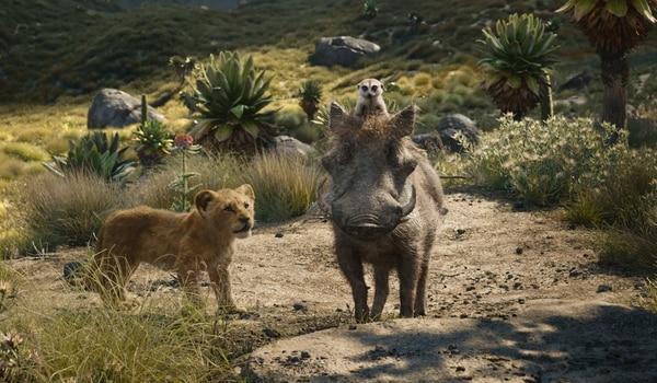 El suricata Timón y el jabalí Pumba se convertirán en los mejores amigos de Simba. Foto: Disney para LN.