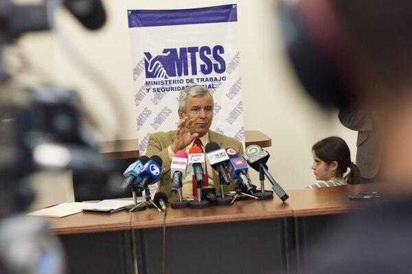El ministro de Trabajo, Víctor Morales Mora, hizo un llamado para que Japdeva aplique sanciones a sus funcionarios, tras la declaración de ilegalidad de la huelga en los puertos del Caribe.