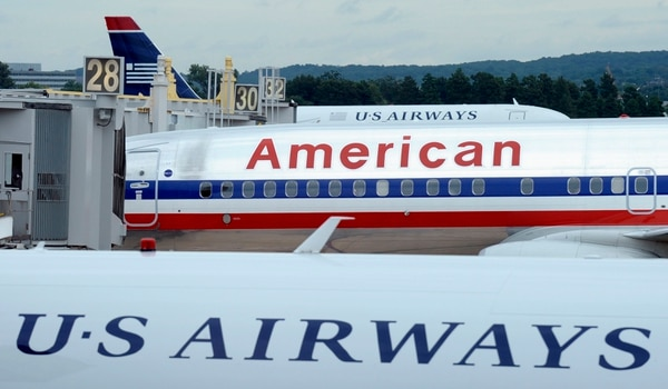 Aviones de American Airlines y US Airways en el aeropuerto Ronald Reagan de Washington D.C.